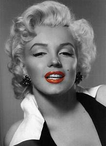 Marilyn Monroe in black and white with a splash of red ...