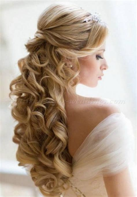 Prom Hairstyles Half Updos by Hairstyles Half Up Half For Prom