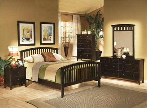 Contemporary Cappuccino Bedroom Set