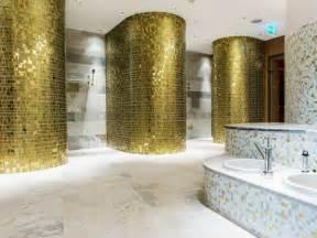badezimmer duschschnecke mosaik badezimmer gold die neuesten innenarchitekturideen