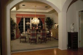 separate  dining room  columns home guides
