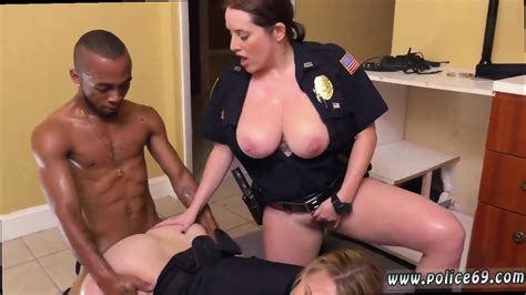 Milf Orders Pizza Xxx Black Male Squatting In Home Gets