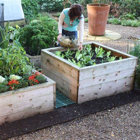 Raised Beds & Garden Planters