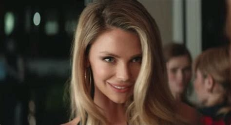 jennifer actress model jennifer hawkins flirts with josh lawson in mount franklin