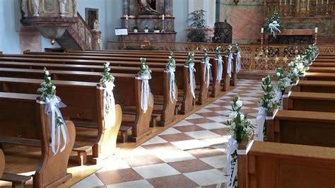 blumenschmuck kirche hochzeit kirchen dekoration