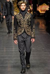 Dolce & Gabbana Fall 2012 Menswear - Collection - Gallery ...