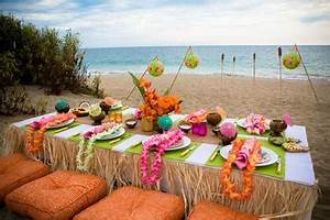 Luau Party Decor Tablescapes & Food Displays
