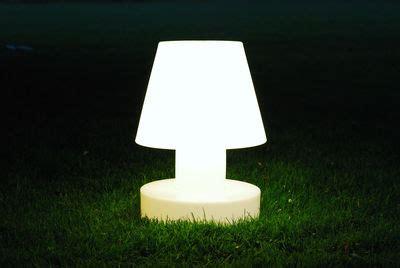 Luminaire Exterieur Sans Fil by Le 224 Poser Sans Fil Rechargeable H 90 Cm Blanc Bloom
