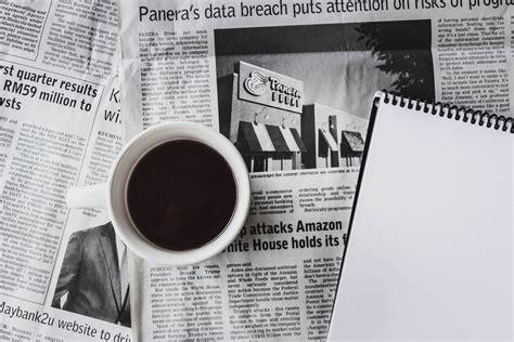 Ontdek de perfecte stockfoto's over coffee newspaper en redactionele nieuwsbeelden van getty images kies uit premium coffee newspaper van de hoogste kwaliteit. Free stock photo of coffee, newspaper, tea