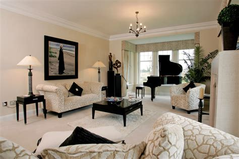 Dramatic Showhouse Rooms dramatic lounges traditional living room glasgow