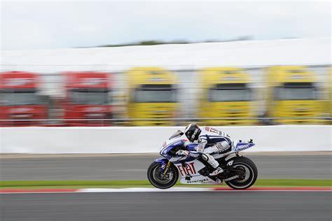 motogp 2011 laguna seca motogp fp1 results motorcycle racing news moto gp visordown