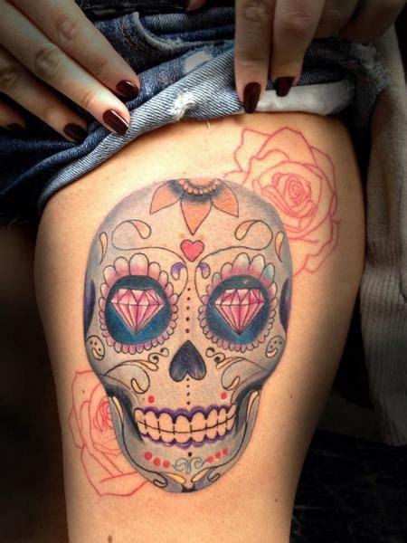 tatuaz noga czaszka diament przez resul odabas