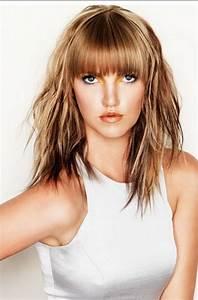 Frange Cheveux Long : coupes de cheveux mi longs avec frange ~ Melissatoandfro.com Idées de Décoration