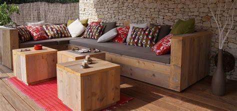 canape en palette bois canape en bois de palette mzaol com