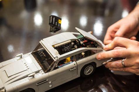 Lego James Bond Aston Martin DB5 thrills with working