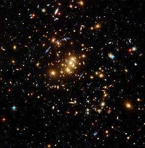 Hubble finds dark matter ring in galaxy cluster | ESA/Hubble