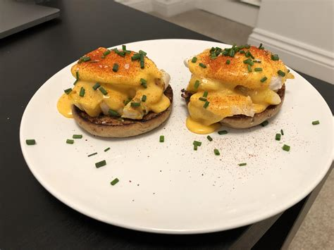 Heat the vegetable oil and butter in a large pan. HOMEMADE Eggs Benedict with smoked haddock : food