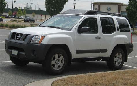nissan xterra reviews  price features