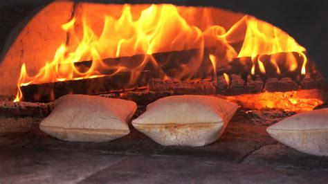 cuisine bulle cuisine au feu de bois les fouées avec la fouée enchantée