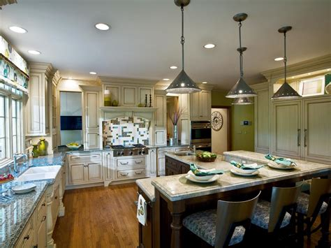 kitchen island cabinet design cabinet kitchen lighting pictures ideas from hgtv 5006