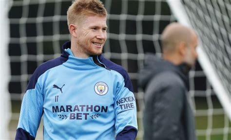 Photo: Kevin de Bruyne back in Man City training