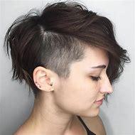 Pixie Undercut Hairstyles for Women