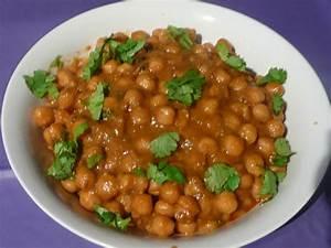 Chana-Chole Masala Recipe - Madhurasrecipe.com