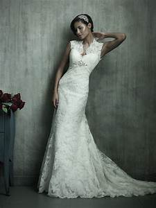 Elegant vintage lace wedding dresses sang maestro for Wedding dresses with lace