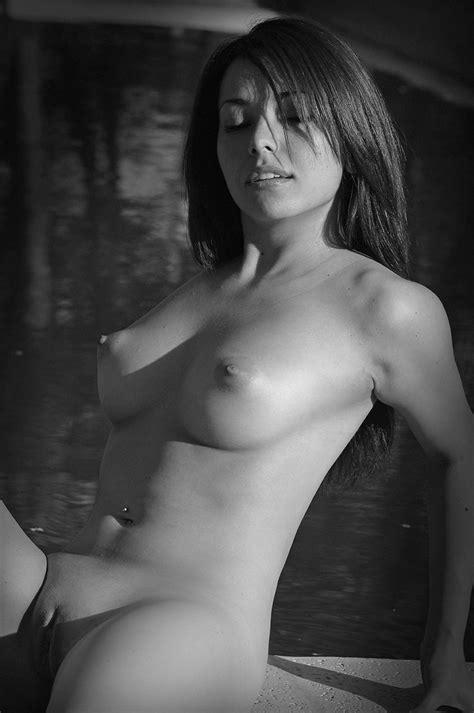 kvinna naken nigeriansk