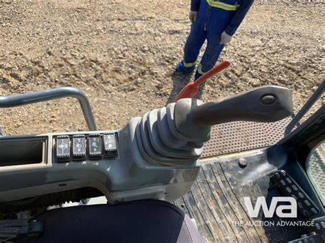 john deere  lc hydraulic excavator