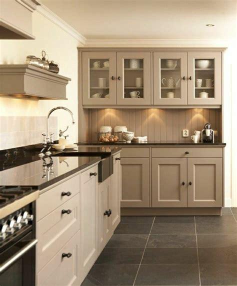 cuisine taupe brillant cuisine taupe brillant photos de conception de maison