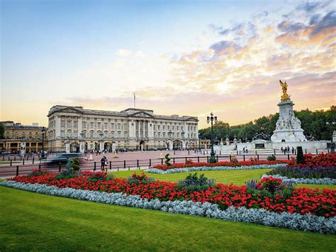 Buckingham Palace: ultimate guide to London's royal