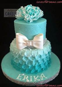 How To Make A Layered Petal Cake. MpM: Excellent tutorial ...