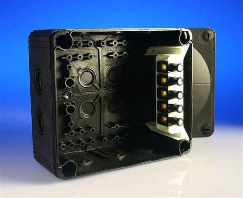 amp wiska  junction box     mm black