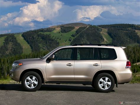 Toyota Land Cruiser Picture by Wallpapers Toyota Land Cruiser V8