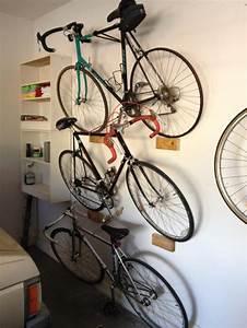 Accrocher Photos Au Mur Sans Abimer : 20 brillantes astuces de rangement pour un garage ~ Zukunftsfamilie.com Idées de Décoration
