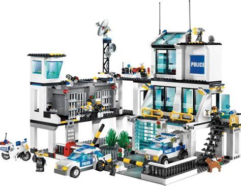77441 Police Headquarters  Brickset Lego Set Guide And