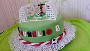 Fußball Torte Rezept : eine fu ball torte zum 8 geburtstag cake youtube ~ Lizthompson.info Haus und Dekorationen