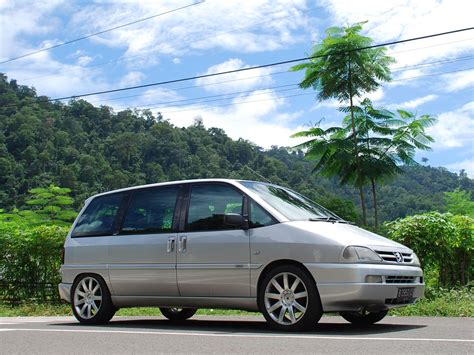 Peugeot 806 Technical Specifications And Fuel Economy