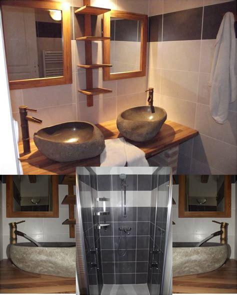 la cuisine est un salle de bain au rez de chaussée doubles vasques et