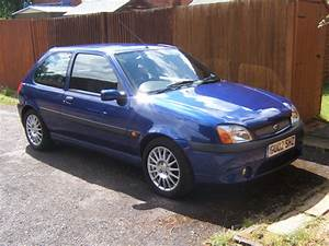 2002 Ford Fiesta - Overview