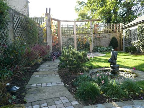 small garden layouts garden layout designs small large courtyard gardens