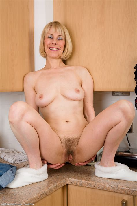 55 year old hazel exclusive milf pictures from