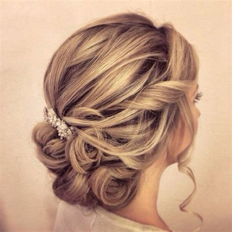 Updo Wedding Hairstyles For Medium Length Hair by 35 Wedding Updos For Medium Hair Wedding