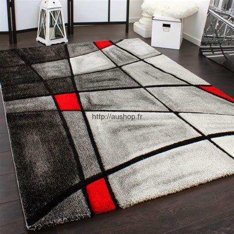 tapis design noir  blanc idees de decoration