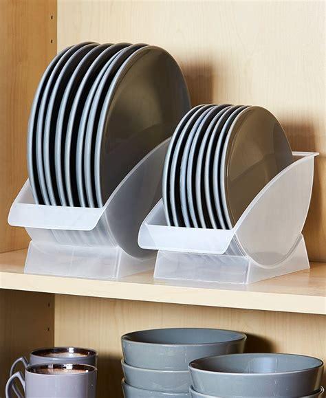 vertical plate racks  cabinet en  rangement pour assiettes rangement cuisine astuce