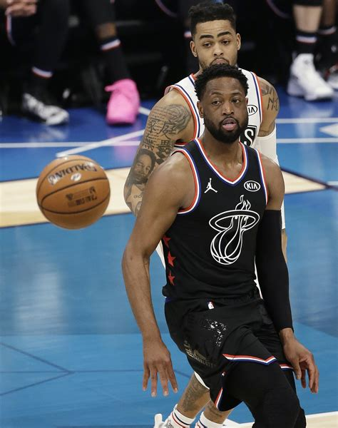 star complete wade turns focus  playoff