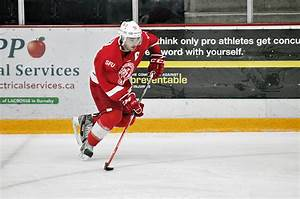 SFU Mens Hockey Top Of BCIHL The Peak