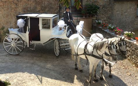 carrozza sposi carrozza per matrimoni siena toscana