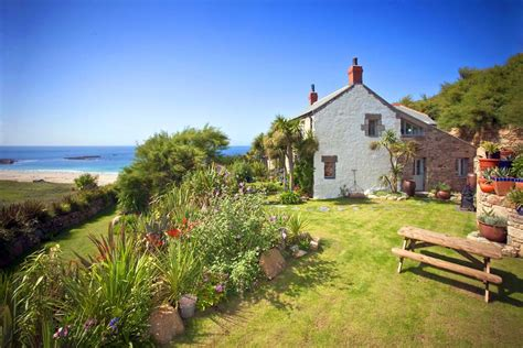 Cornwall Cottage Tresillian Cottage By The Sea In Sennen Cornwall